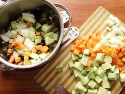 Овощное рагу с баклажанами и кабачком - P5013034.JPG