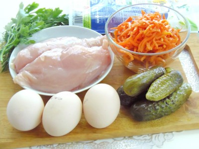 Салат из курицы - 1.JPG
