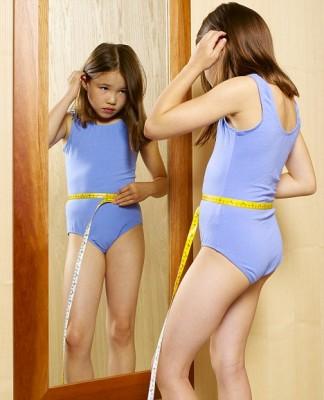 Шокирующая действительность: малыши садятся на диету - article-2178914-143292D4000005DC-800_468x578.jpg