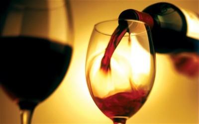 Вино помогает сохранить кости здоровыми - wine_2274423b.jpg