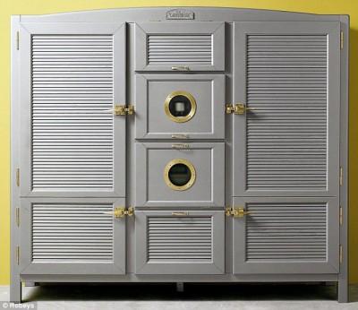 Новый холодильник или новая кухня? - article-2215914-1574BFA1000005DC-200_634x549.jpg
