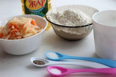Блюда из капусты: вертуша из пресного теста с сельдереем - IMG_7280.JPG