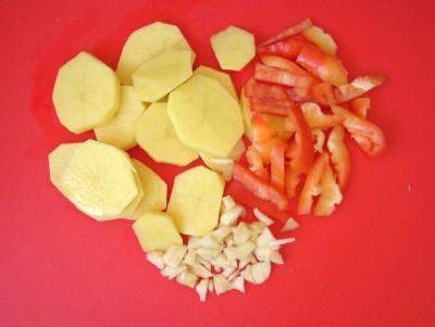 Свинина с овощами и черносливом в горшочках - DSCN3142.JPG