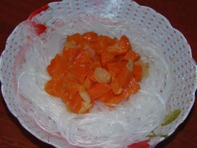 Морковный маринад - морковный маринад с лапшой.JPG