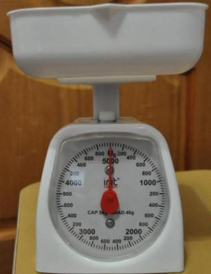 Кухонные весы с чашкой - механические кухонные весы.jpg