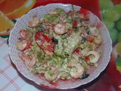 Легкий салатик с брокколи и креветками - Легкий салатик с брокколи и креветками.JPG