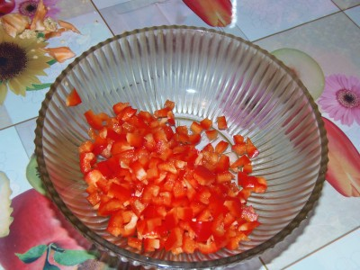 Легкий салатик с брокколи и креветками - перец.JPG