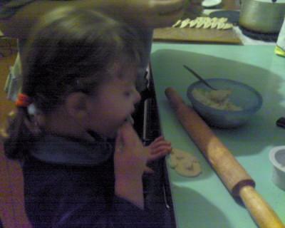 Осторожно, дети Как обезопасить юных помощников на кухне? - 2009.jpg