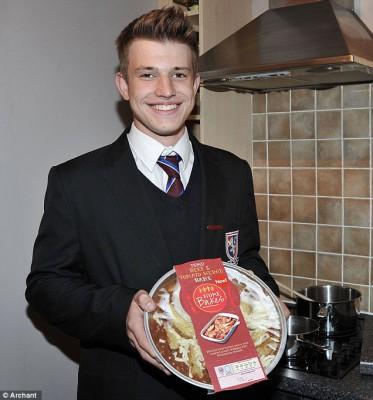 15-ти летний подросток создает новую линейку блюд для TESCO - article-2221786-15A29888000005DC-726_636x682.jpg