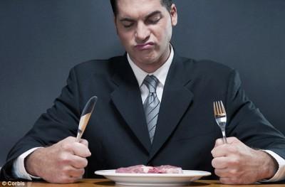 О мужественных мужьях и ... мясе - article-2236768-162972C8000005DC-929_634x417.jpg