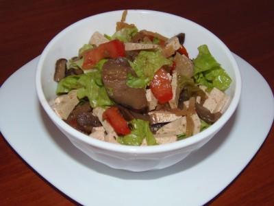 Салат с тофу, овощами и кукурузой - 1.JPG