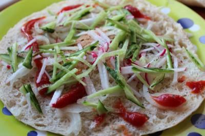 Пицца бутерброд, брускетта из тандырной лепешки на завтрак - IMG_0042.JPG