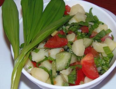 Салат с овощами и черемшой - салат.JPG