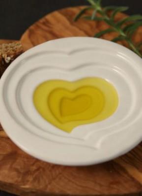 Запрещенная посуда: кувшинчики и сосуды для оливкового масла - article-2326458-16658205000005DC-427_306x423.jpg