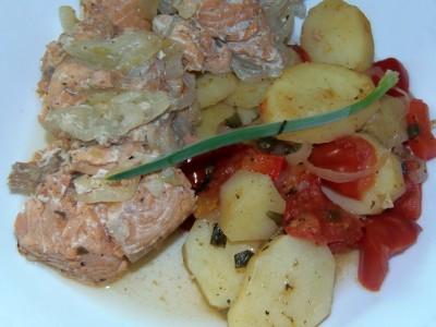 Горшочки: каши и всякая разность - рыбка в горшочках с овощами.JPG