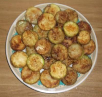 Жареные кабачки с чесноком - 04_obzharit' kabachki 3.jpg