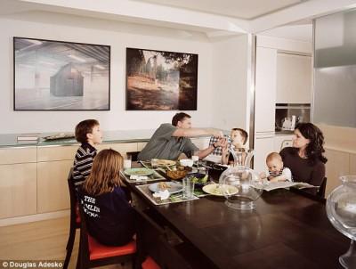 Что и как едят американские семьи - article-2337808-1A2F6E23000005DC-845_634x478.jpg
