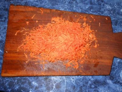 Овощное рагу с картофелем и яблоками - морковка.jpg