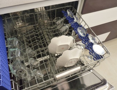 Целесообразность посудомоечной машины - посудомойка.jpg