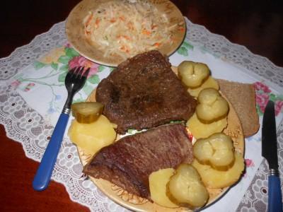 О мужественных мужьях и ... мясе - готовый стейк.jpg