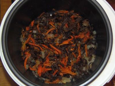 Солянка тушеная капуста с фасолью и грибами  - P2220057.JPG