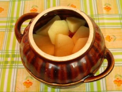 Свинина с овощами и черносливом в горшочках - DSCN7674.JPG