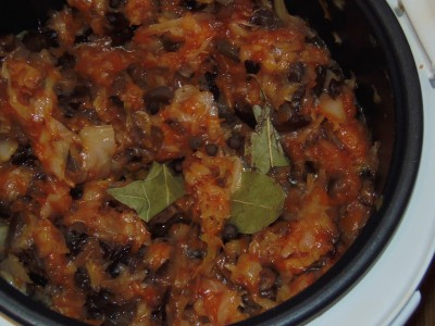 Солянка тушеная капуста с фасолью и грибами  - 4.jpg