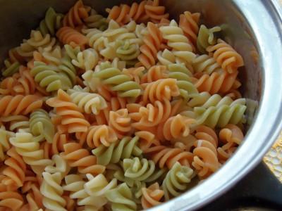 Блюда из макарон - макароны цветные (5).JPG