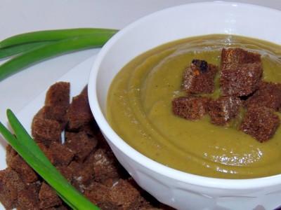 Сухарики из бездрожжевого хлеба - Суп-пюре с брокколи - суп-пюре.JPG _7291.jpg