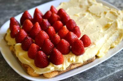 Клубничный десертный торт - DSC_0014.JPG