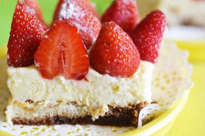 Клубничный десертный торт - DSC_0043.JPG