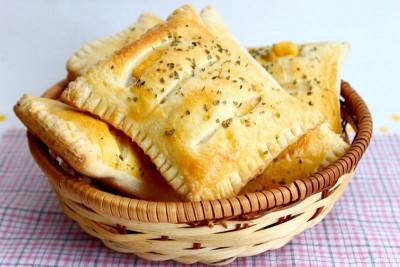 слойки с рыбой и тертым сыром - 2.jpg