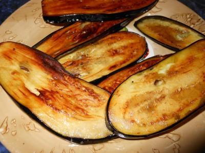 Блюда с баклажанами - поджарили баклажаны.jpg