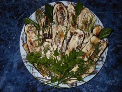 Блюда с баклажанами - синенькие готовые на тарелке.jpg