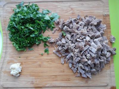 Мясо, зелень, сало чеснок. - DSCN04701.jpg