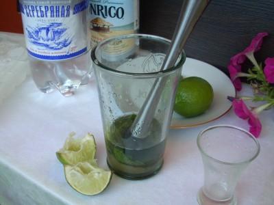 Рецепты приготовления ликеров и коктейлей - DSCN8725.JPG